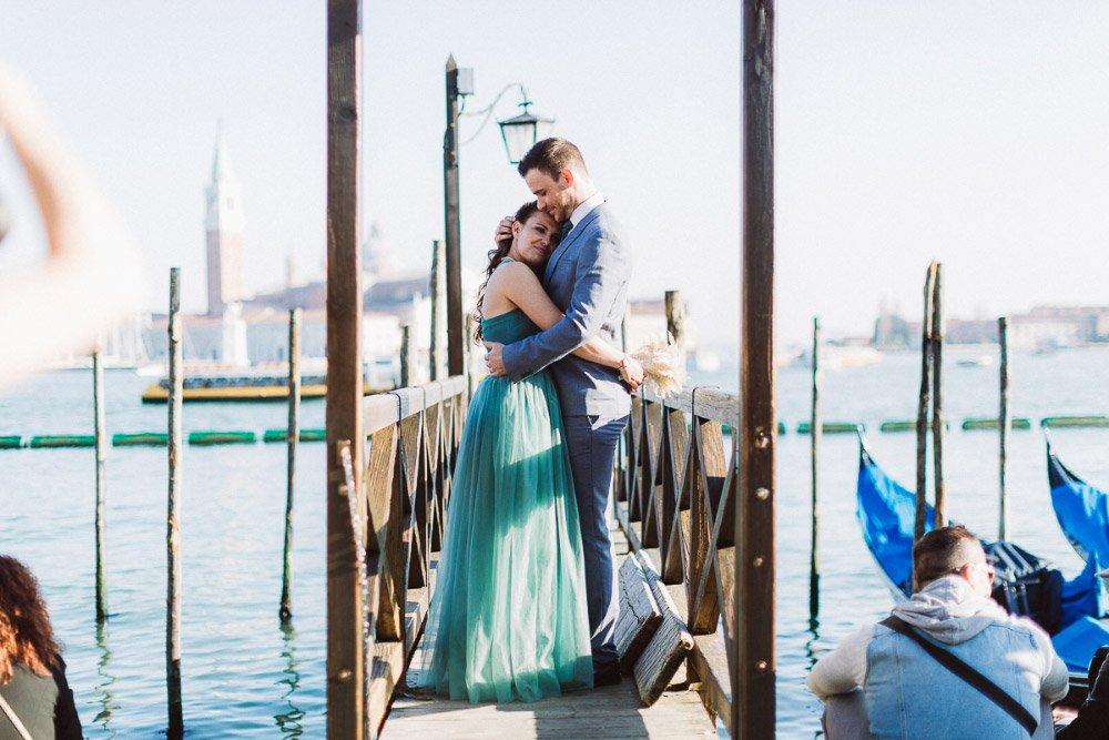 Das-Verlobungs-Fotoshooting-in-Venedig-von-Franziska-und-Janes-28
