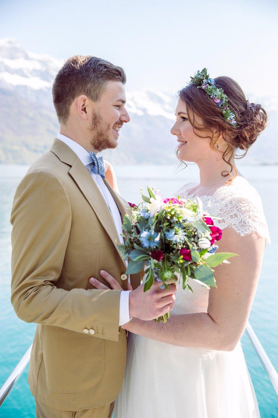 Hochzeit-am-Walensee-in-der-Schweiz-mit-Alpen-Panorama-15