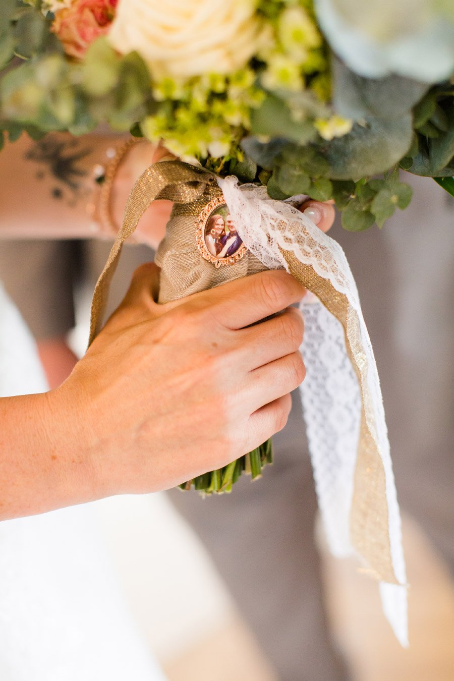 Brautstrauß mit Anhänger