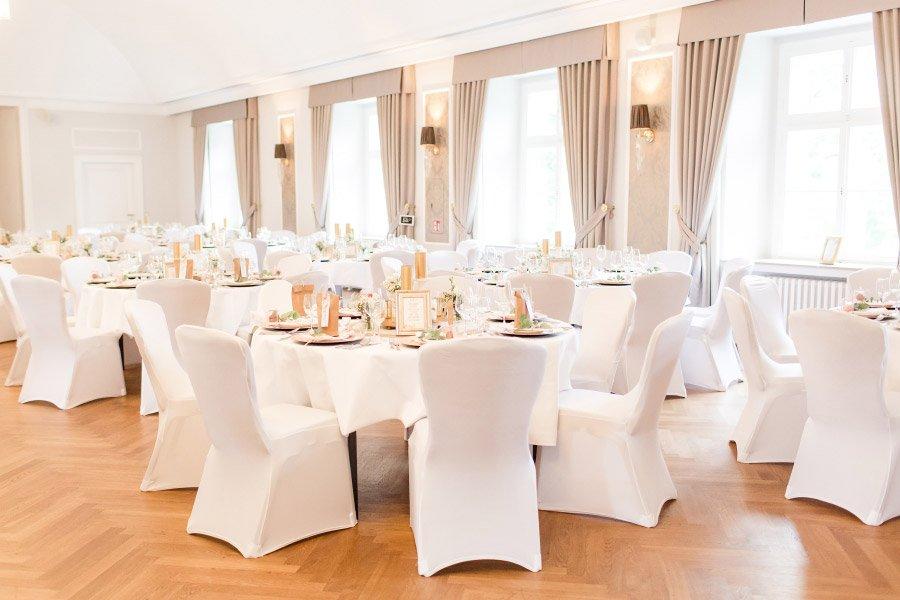 Die wunderschöne Dekoration der Hochzeit in Schloss Ovelgönne