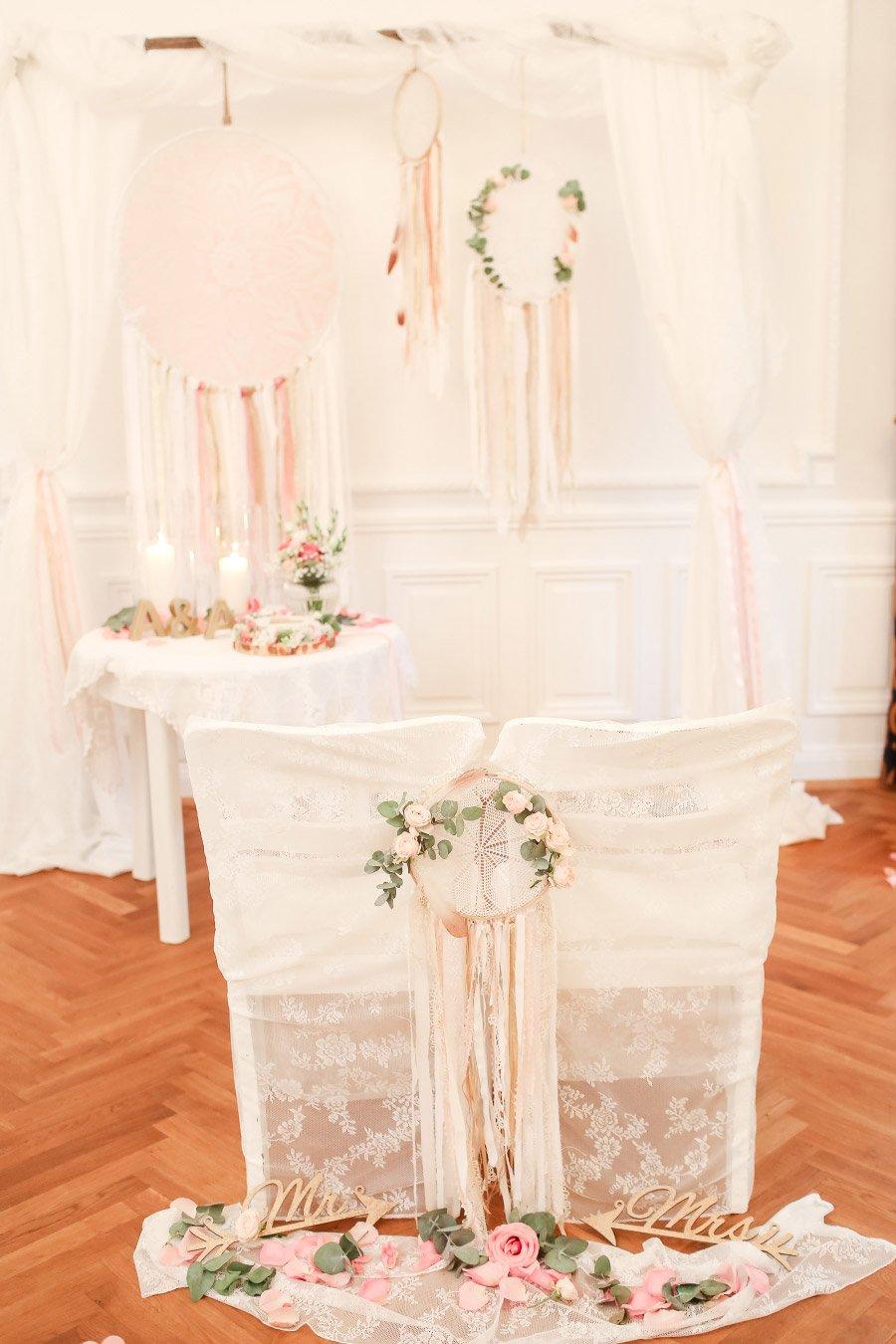 Die-traumhafte-Hochzeit-in-Schloss-Ovelgoenne-von-Anni-und-Andreas-75