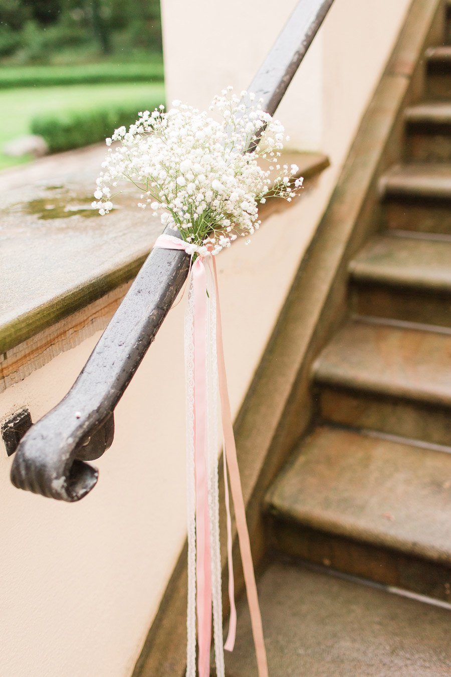 Dekoration der Handläufe einer Treppe
