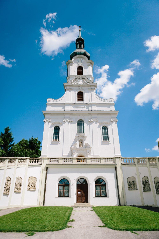 Kirchliche-Hochzeit-in-der-Kaasgrabenkirche-mitten-in-Wien-13