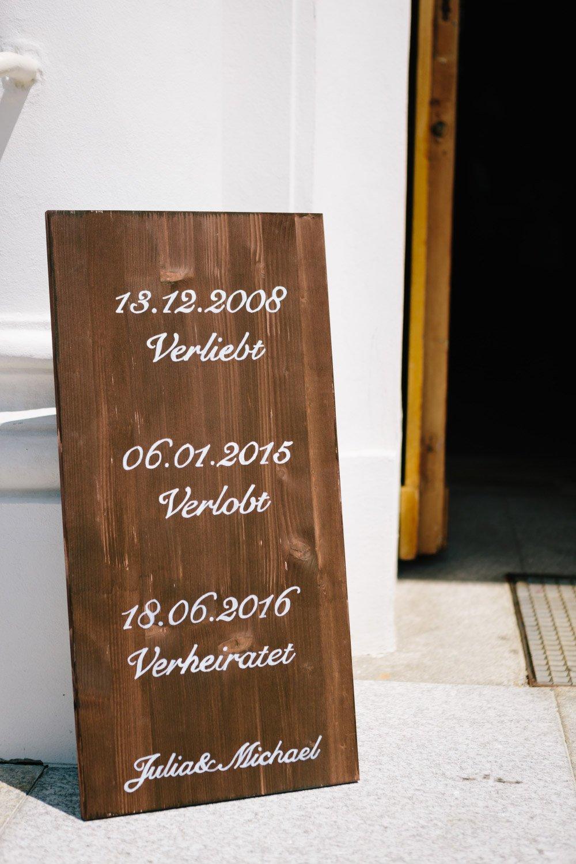Kirchliche-Hochzeit-in-der-Kaasgrabenkirche-mitten-in-Wien-14