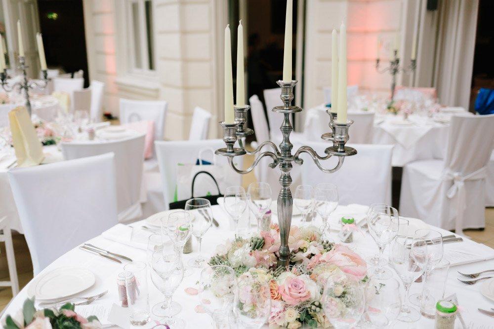 Kirchliche-Hochzeit-in-der-Kaasgrabenkirche-mitten-in-Wien-28