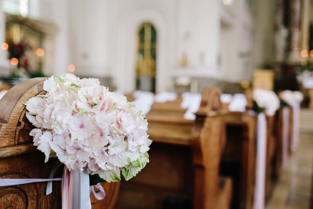 Hochzeit in der Kaasgrabenkirche und Feier im Parkschlössl Wien