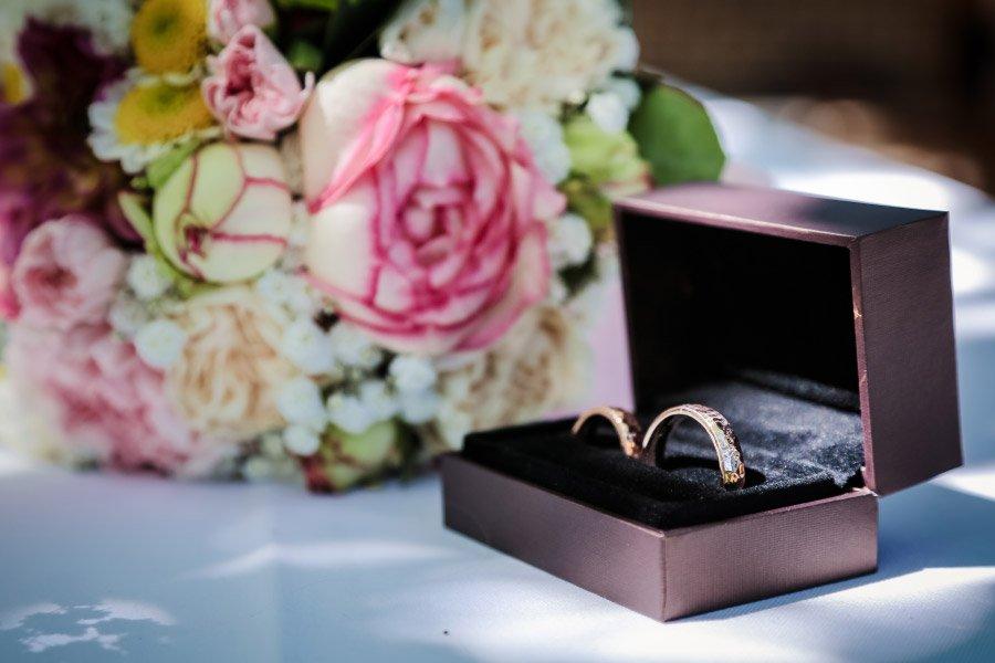 Hof-Hochzeit-von-Nicolina-und-Juergen-mit-freier-Trauung-10