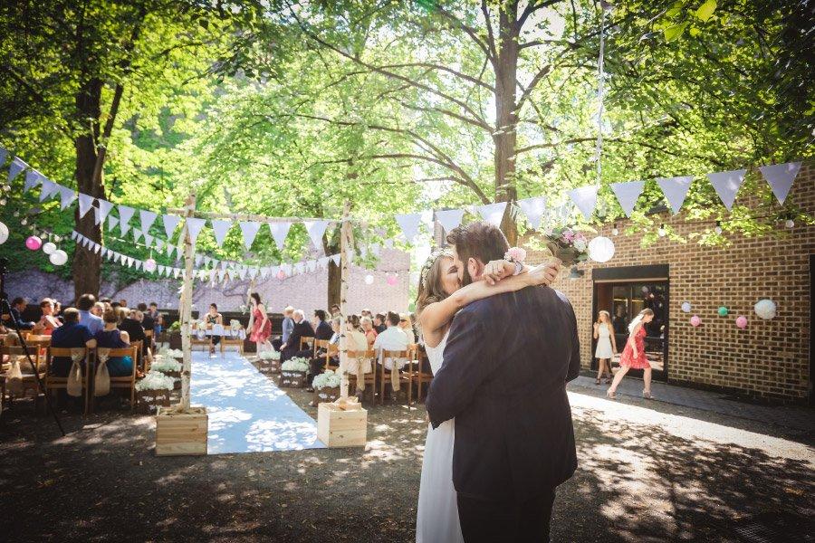 Hof-Hochzeit-von-Nicolina-und-Juergen-mit-freier-Trauung-14