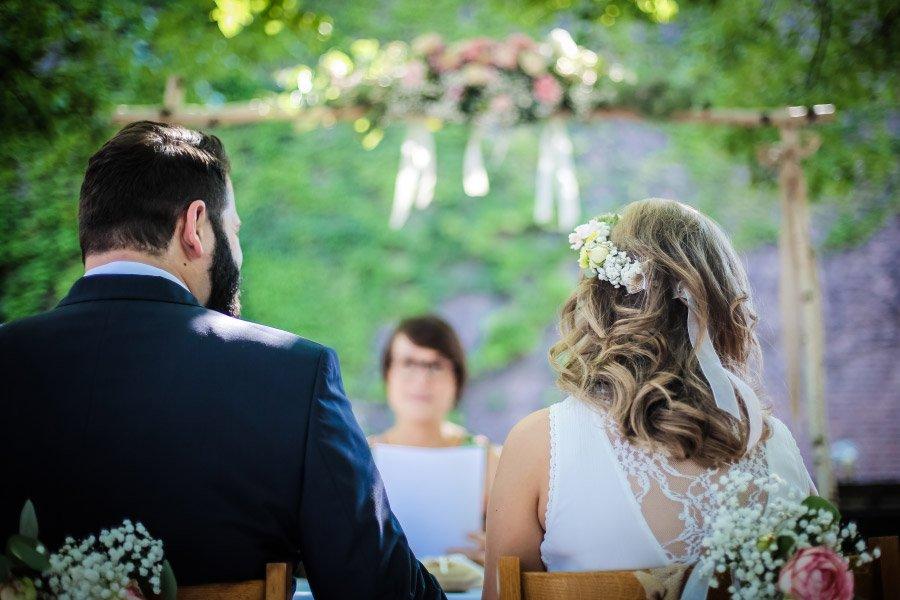 Hof-Hochzeit-von-Nicolina-und-Juergen-mit-freier-Trauung-17