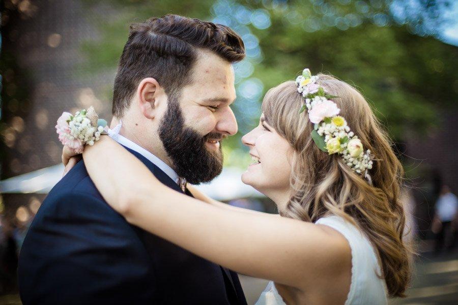 Hof-Hochzeit-von-Nicolina-und-Juergen-mit-freier-Trauung-36