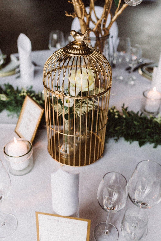 Wintermaerchen-Eine-Hochzeit-in-Gold-Gruen-und-Marone-11