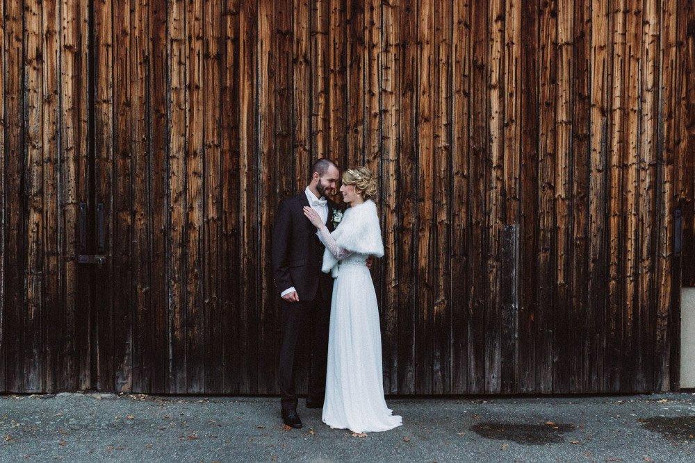 Wintermaerchen-Eine-Hochzeit-in-Gold-Gruen-und-Marone-36