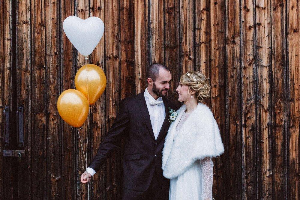 Wintermaerchen-Eine-Hochzeit-in-Gold-Gruen-und-Marone-38