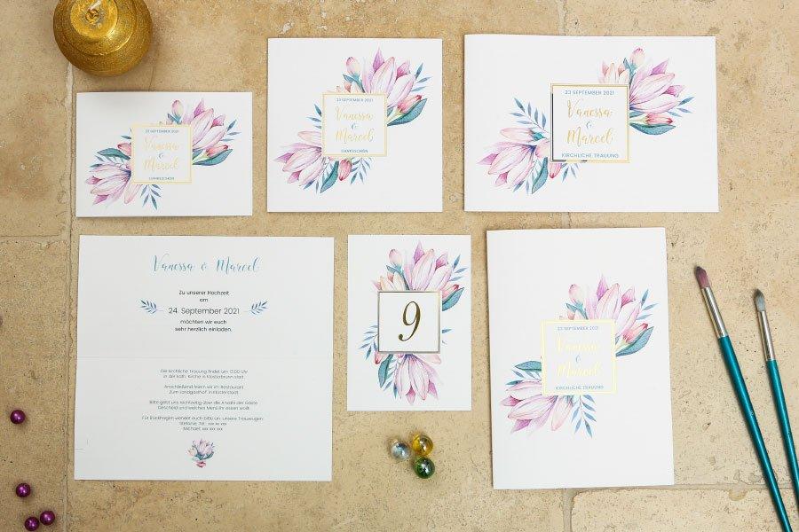 Blumengold: handgemalte Blumen auf feinem Papier