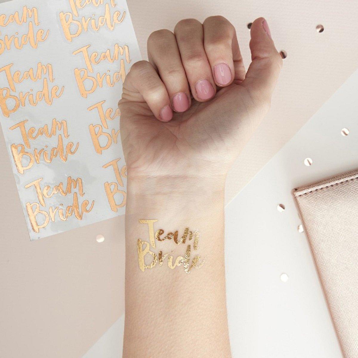 Tattoos Team Bride: Die perfekten Accessoires für euren Junggesellinnenabschied / JGA