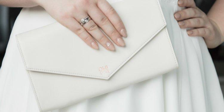 Der perfekte Begleiter für den Tag der Hochzeit: Eine Clutch von OH!lala