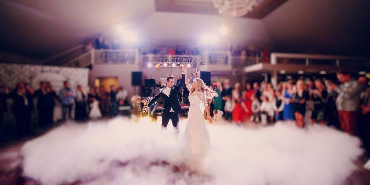 10 Tipps, um euren Eröffnungstanz bei der Hochzeit unvergesslich zu machen
