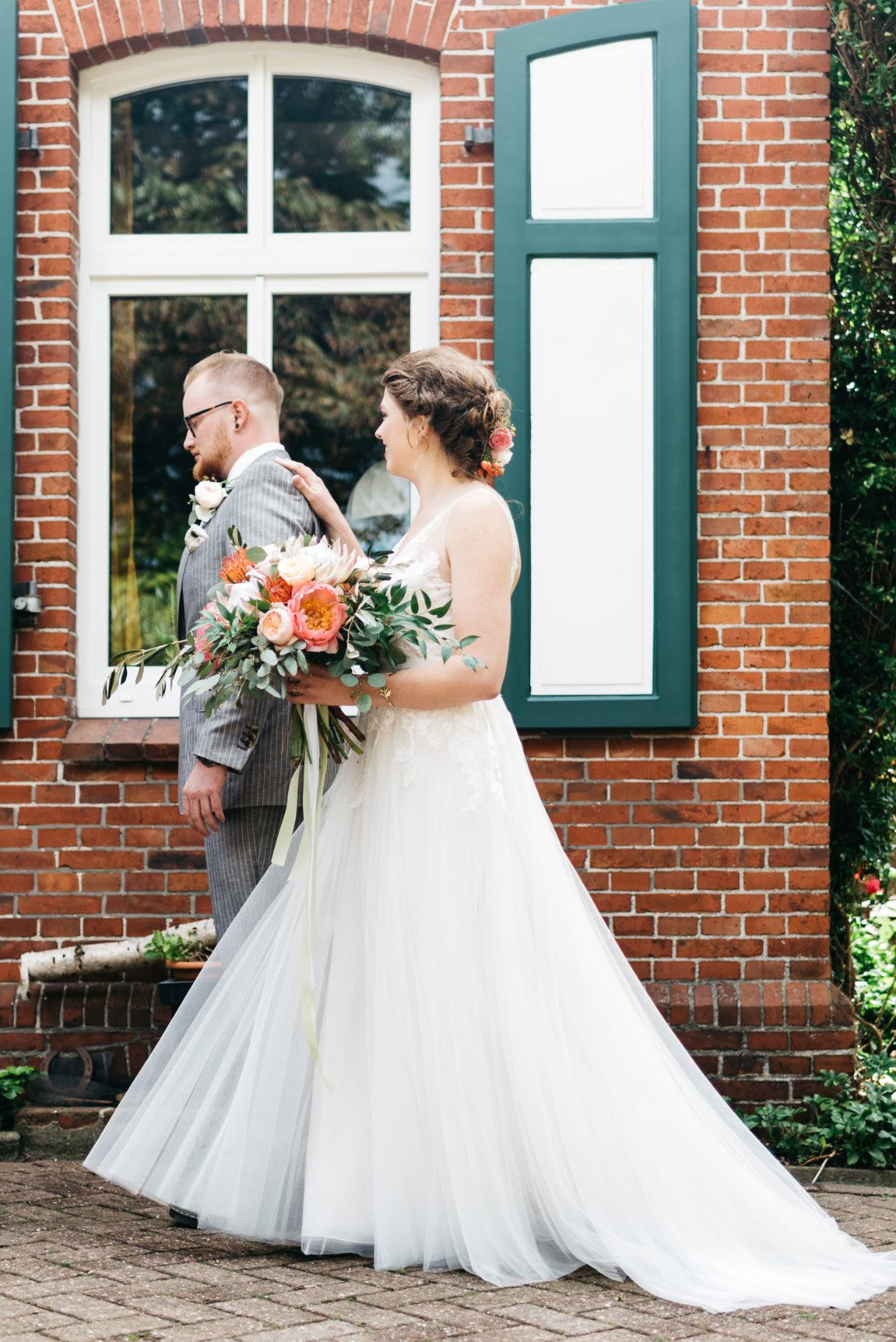 Der First Look von Braut Susanne und Bräutigam Oliver