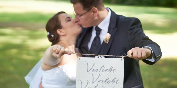 Diese Accessoires für euer Brautpaarshooting braucht ihr!