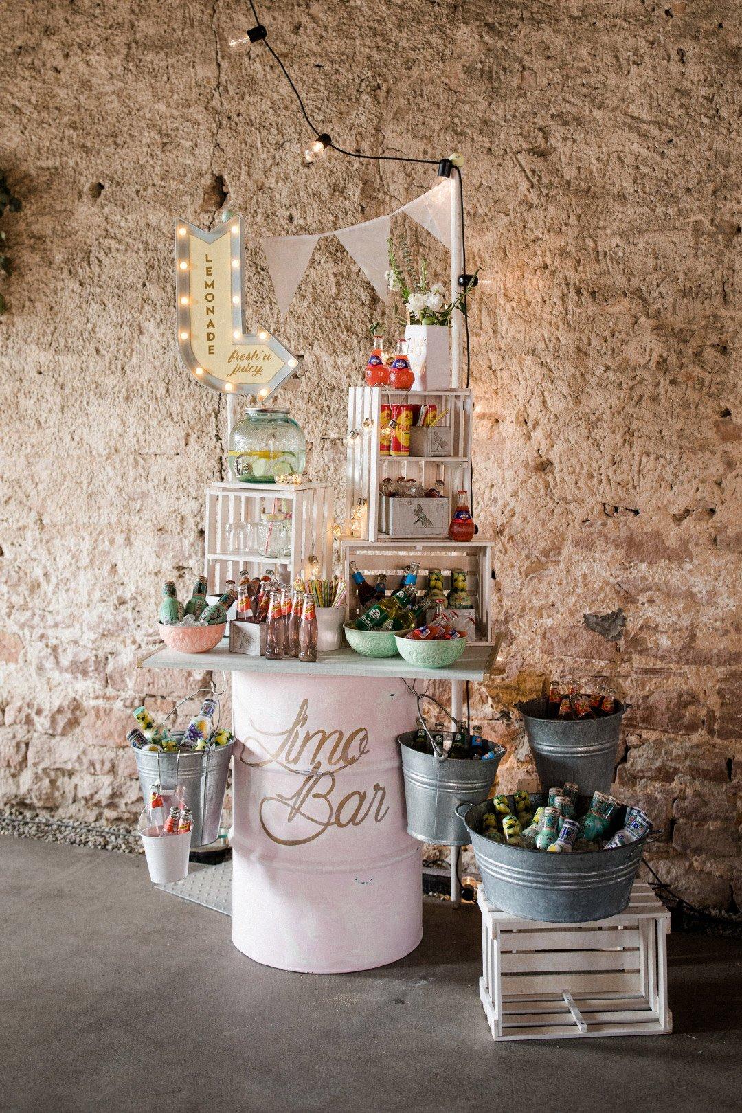 Limonade-Bar bei der Hochzeit