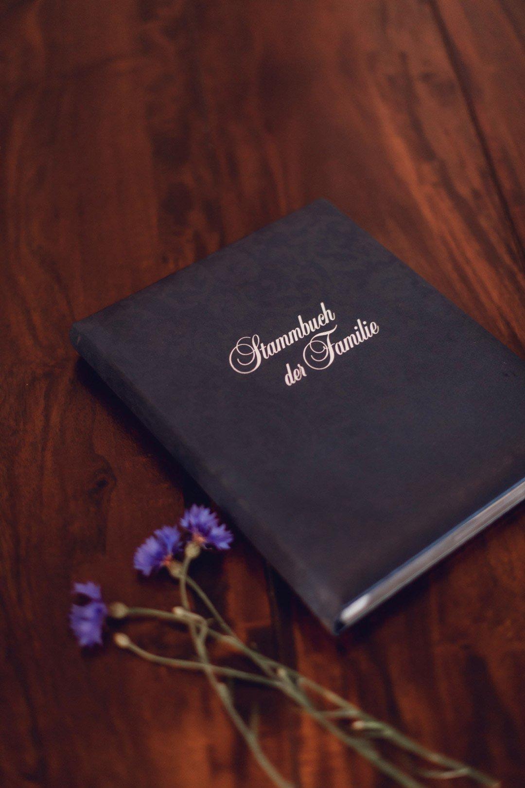 Stammbuch der Familie