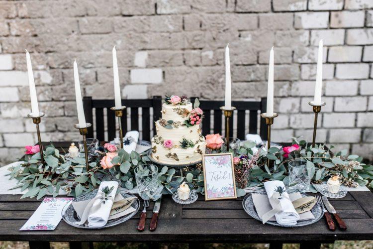 Heiraten inmitten einer Industrie-Kulisse – verträumt trifft auf industrial chic