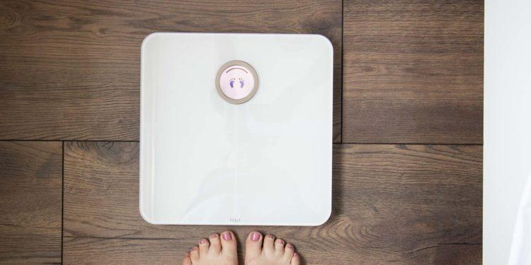Erfahrungsbericht zur Fitbit Aria 2: Schnell und einfach Gewicht & Co. messen