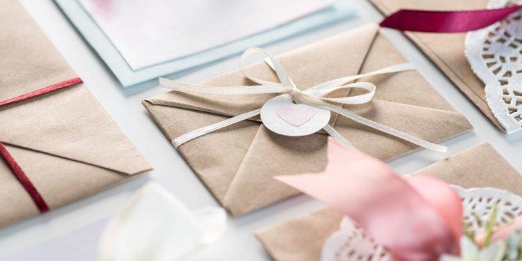 Dankeskarten nach der Hochzeit: Den richtigen Anbieter finden