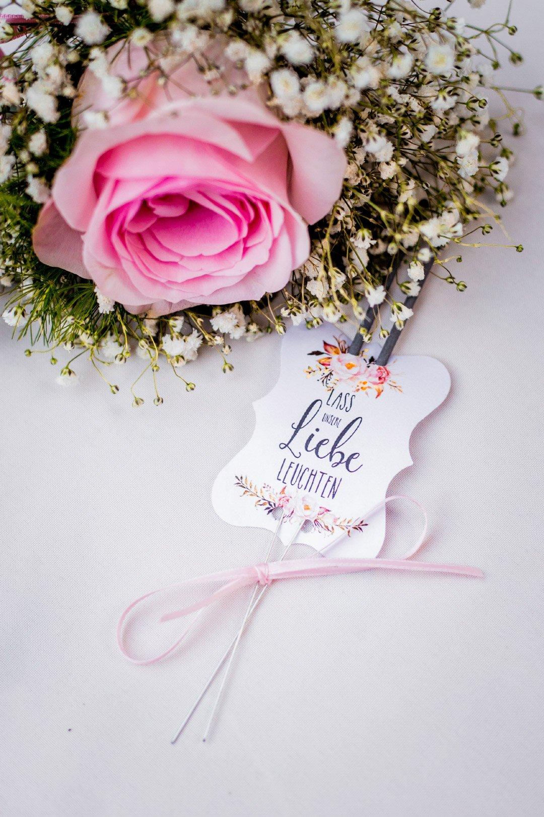 Schild für Wunderkerze bei der Hochzeit