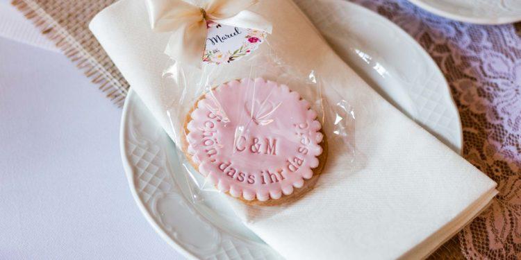 Hochzeitskekse So einfach sind sie gemacht und so schön sehen sie aus!