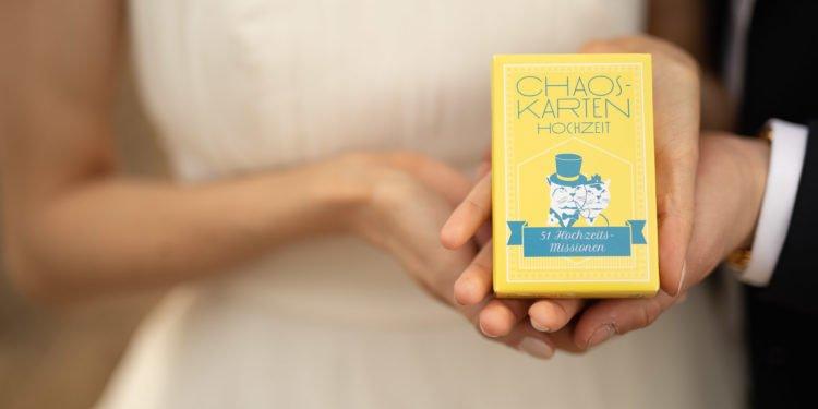 Chaoskarten-Hochzeitsspiel: Aufgaben für die Gäste am Tag der Hochzeit
