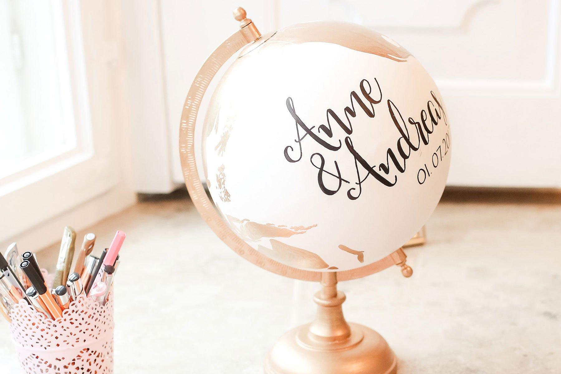 Globus anmalen: Egal ob als Geschenk oder als Gästebuch bei der Hochzeitl