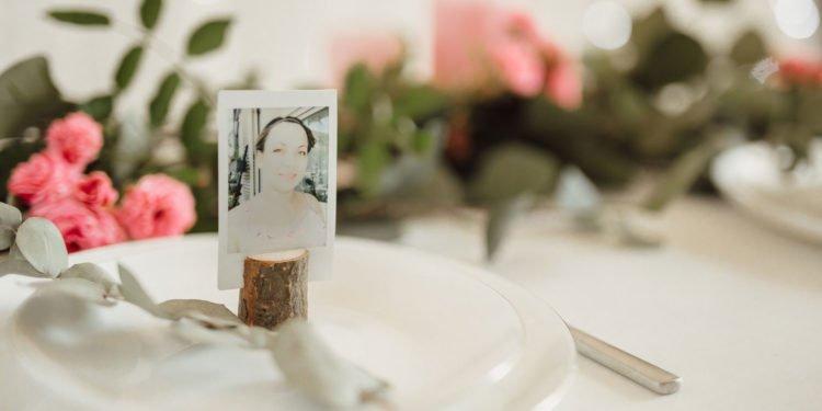 Sofortbilder als Tischkärtchen bei der Hochzeit
