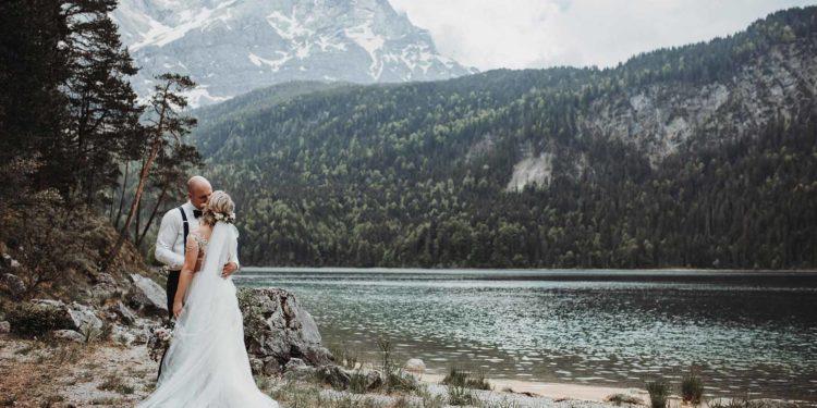 Elopement am Eibsee – Ganz intim nur zu zweit heiraten