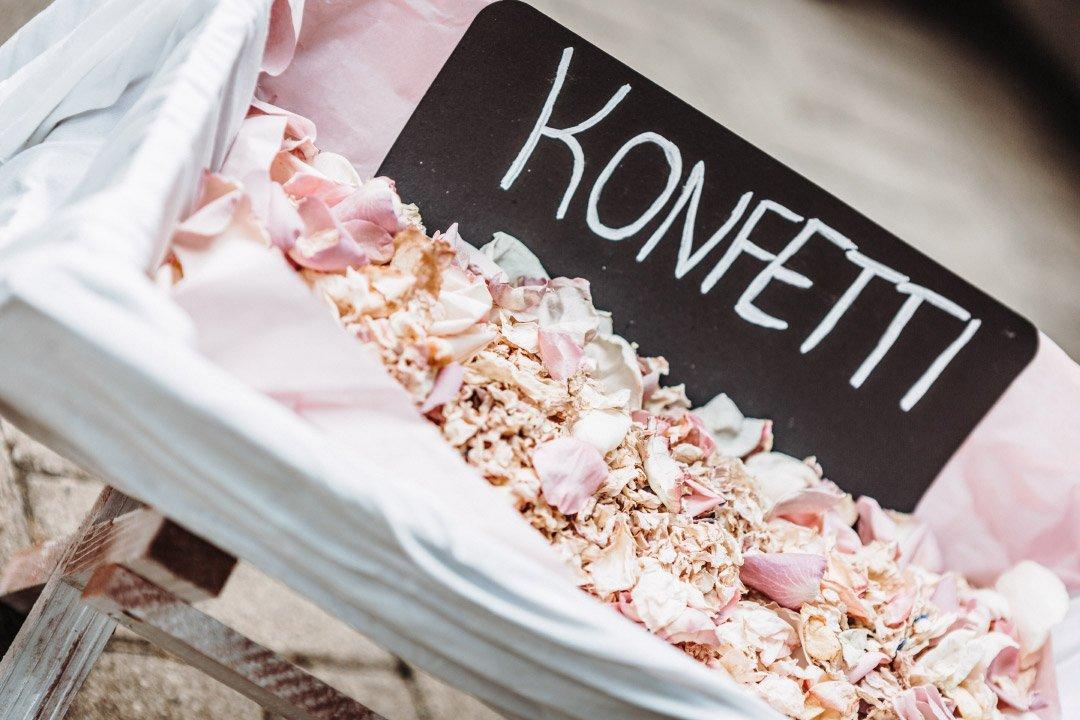 Konfetti-Bar bei der Hochzeit