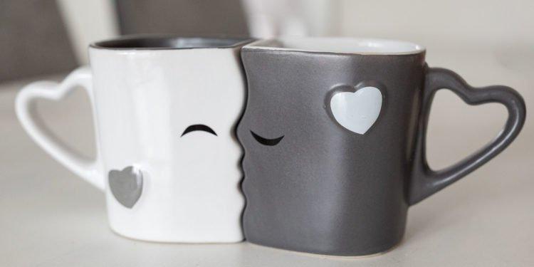 Hochzeitstassen: Diese Tassen brauchen Braut und Bräutigam unbedingt!