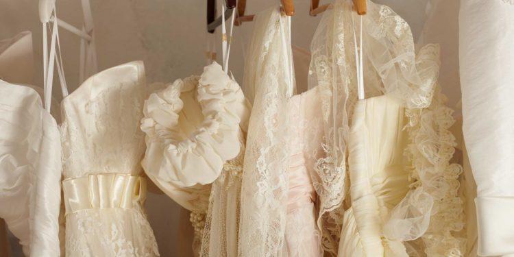 Kurze Brautkleider in Champagner: Unsere Übersicht
