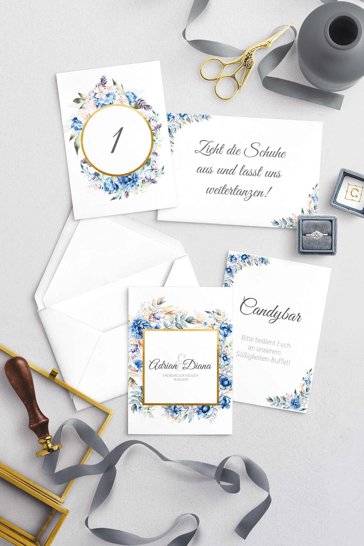 Papeterie-Serie Blue Floral: Einladungskarte und mehr in Royalblau