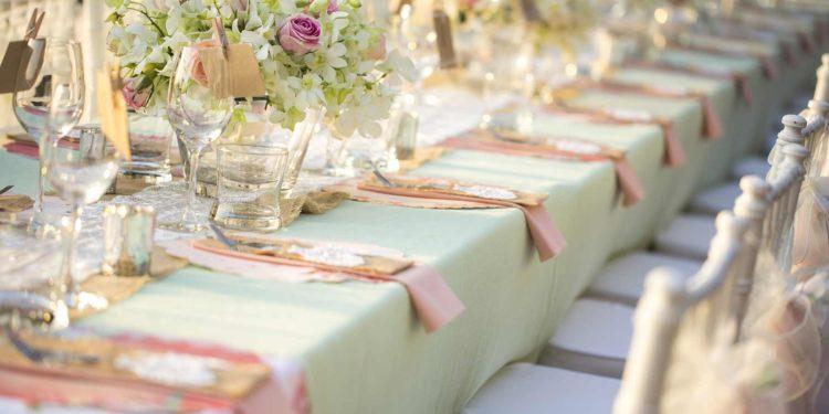 Tischläufer für die Hochzeit: als Basis für die Tischdeko