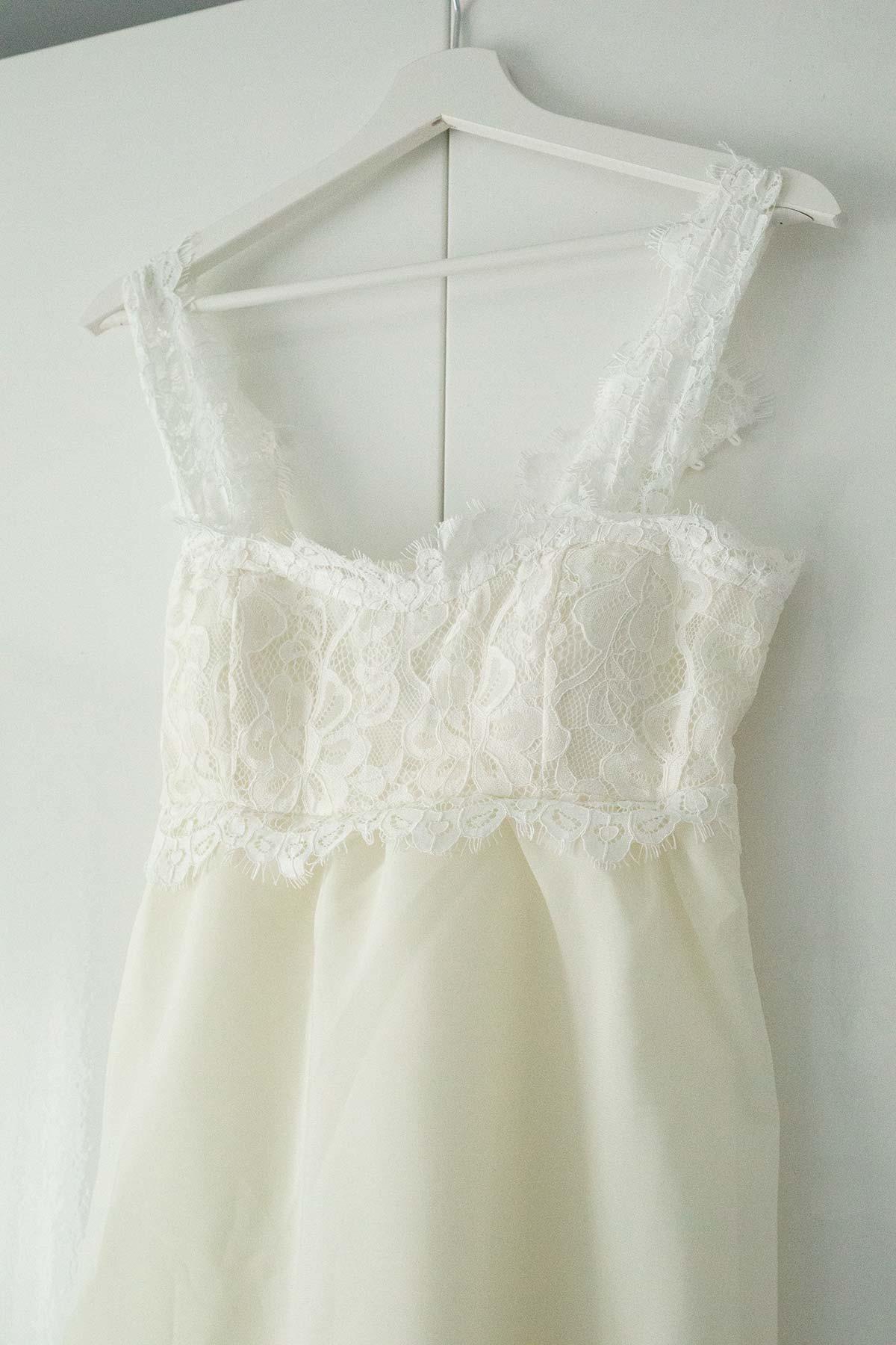 Nahaufnahme Brautkleid bestellt bei wish.com