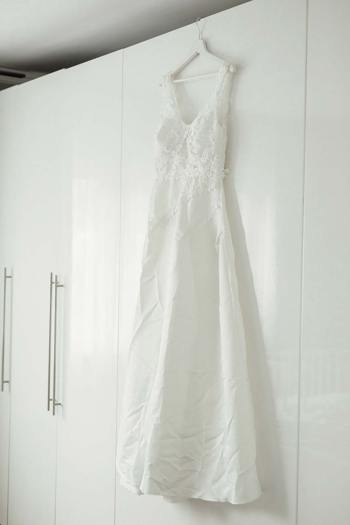 Brautkleid mit Spitze bestellt über die Wish App