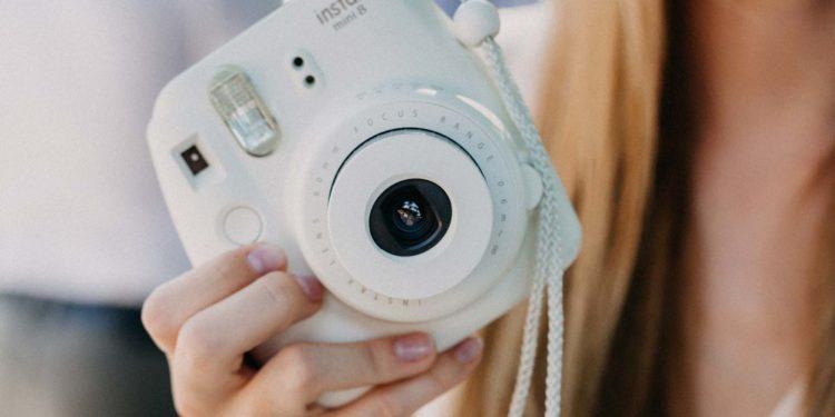 FUJIFILM instax Sofortbild-Kamera zur Hochzeit mieten