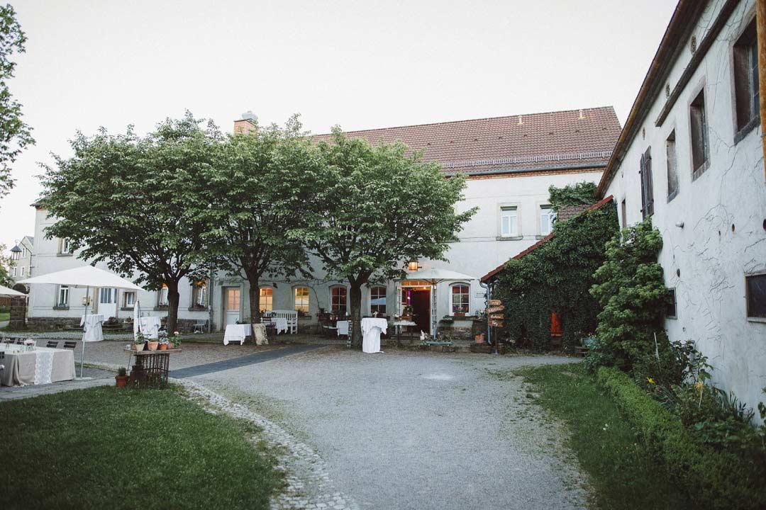 Rustikale Vintage-Hochzeit im Julius Kost