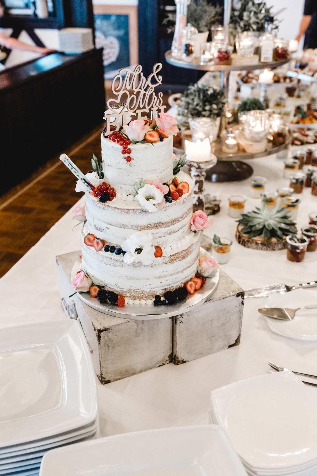 Semi-Naked-Cake als Hochzeitstorte