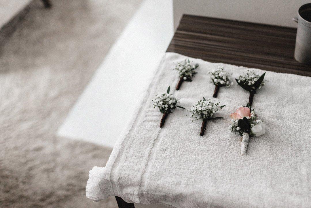 Ansteckblumen für die Gäste