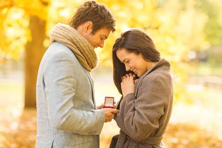 Die Braut verlegt ihren Verlobungsring