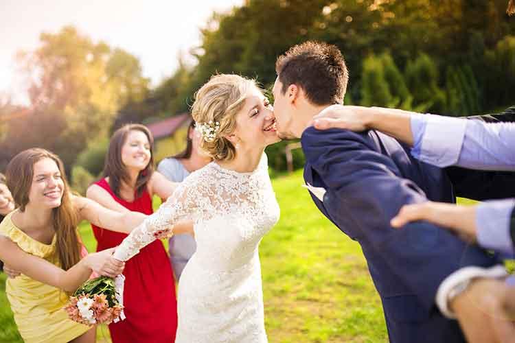 Ihr plant zu viel für die Hochzeitsfeier ein