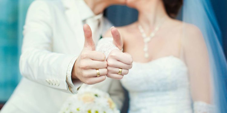 50 Fehler, die viel zu viele Brautpaare bei der Hochzeit machen