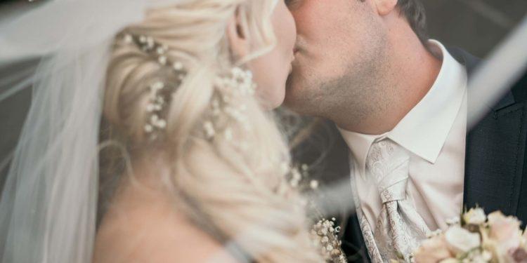 Klassisch romantische Hochzeit von Annelie und Markus