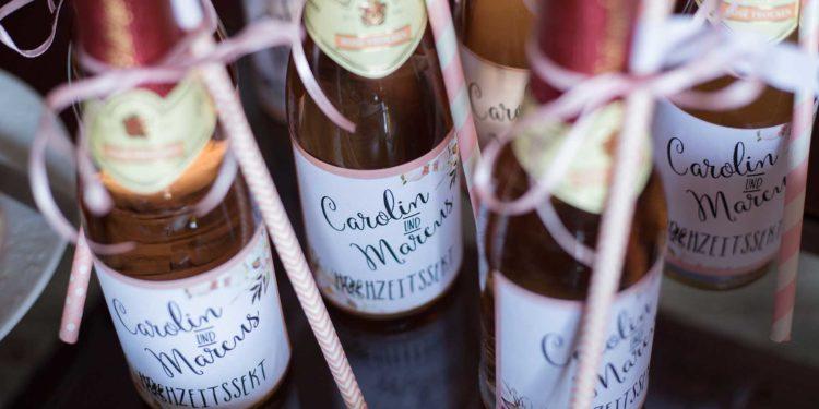 Personalisierte Flaschenetiketten für die Hochzeit